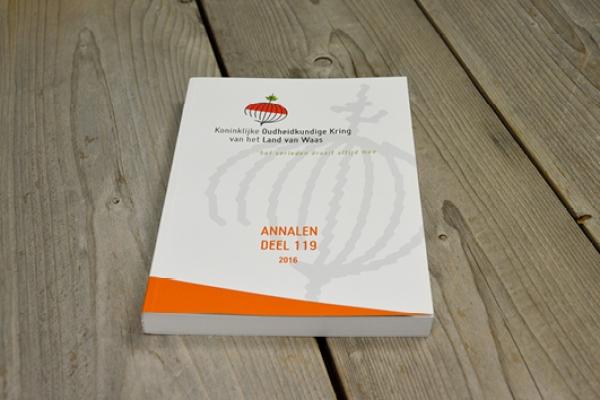 boeken8C0FE3E29-82D8-AAB7-60CF-9F82E673A862.jpg